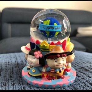 """Disney's """"Small World"""" Mini Snow Globe 3 1/2"""" Tall"""